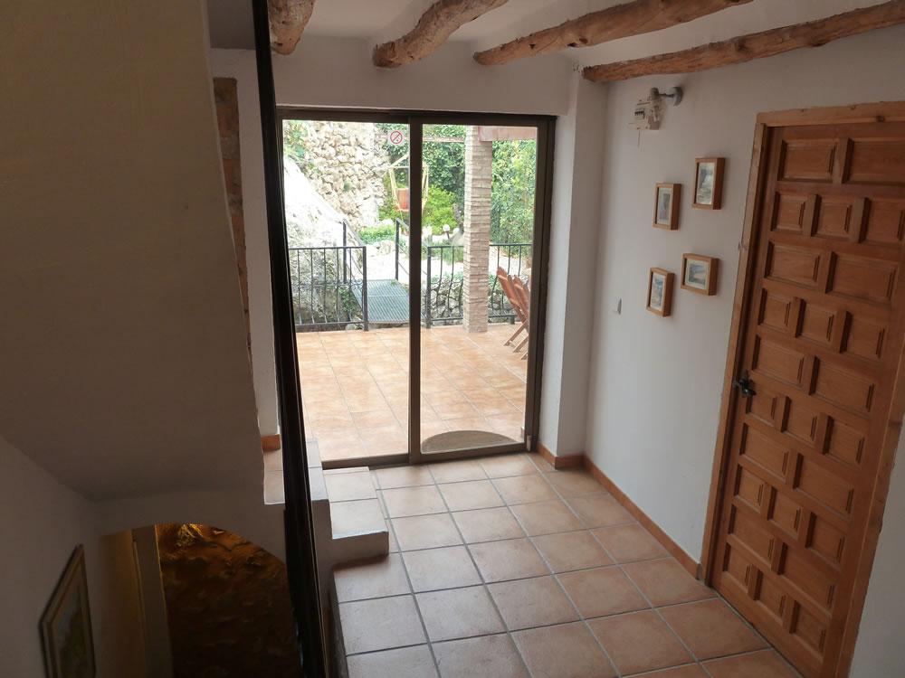 Access to Patio and Garden2