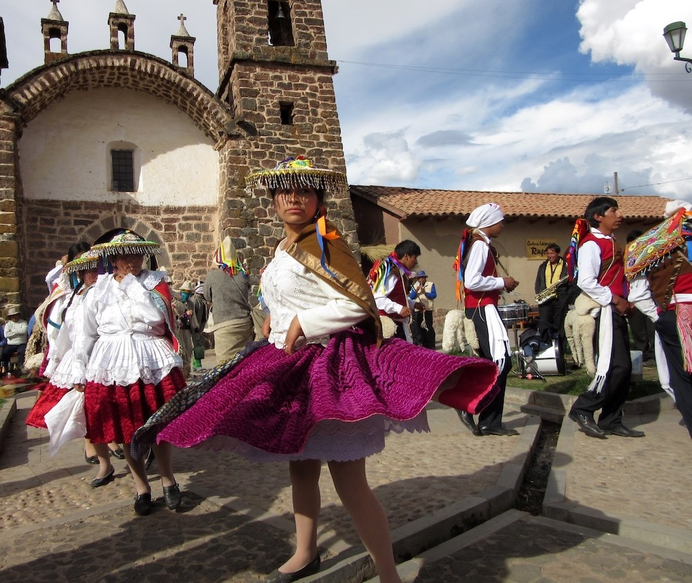 Traditionell dans i Peru